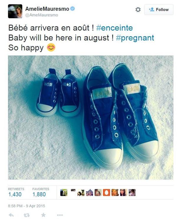 туитът на амели моресмо за бременността й