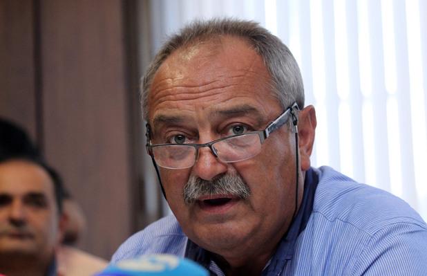 д-р венцислав грозев, председател на българския лекарски съюз