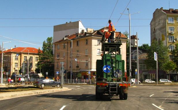 Новото кръстовище на Руски паметник