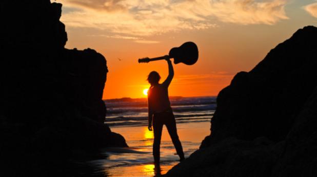 рок, китара, рокендрол, лято, залез, море