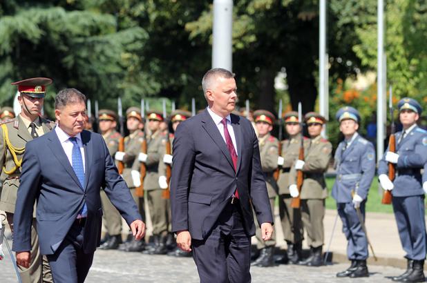министрите на отбраната на българия и полша николай ненчев и томаш шемоняк в софия