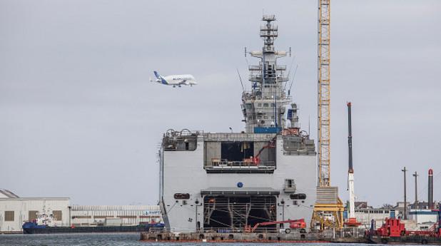 мистрал, кораб, хеликоптероносач
