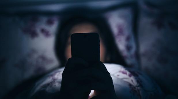 смартфон, смартфони, мобилни телефони, номофобия