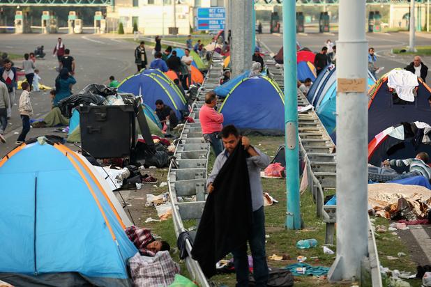 затвореният гкпп хоргос в сърбия на границата с унгария
