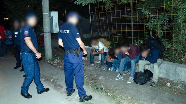 МВР арестува нелегални имигранти
