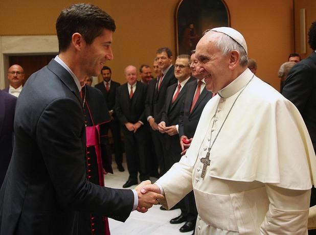 Левандовски и папата