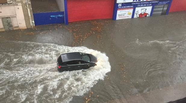 франция, наводнение, дъжд