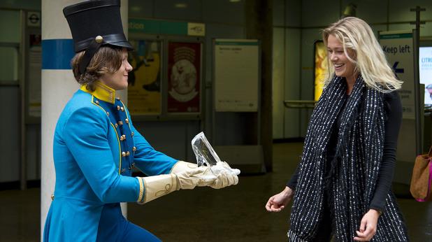 Принц търси Пепеляшка в Лондон