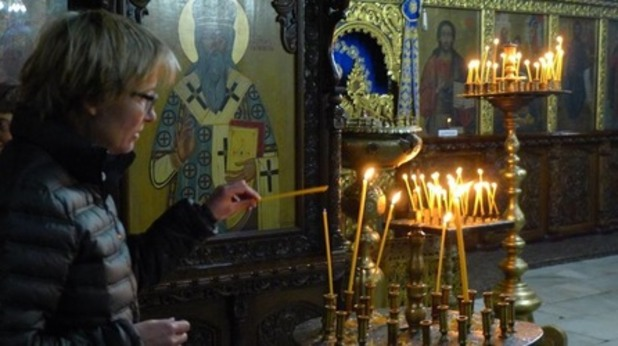 ема томпсън, бачковски манастир
