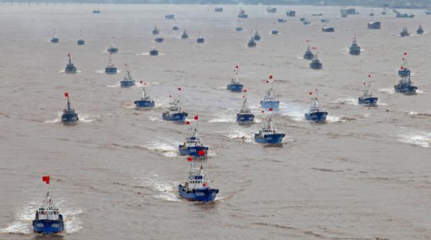 Рибарски лодки в Южно-китайско море
