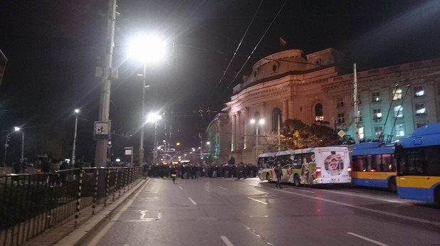 Полиция протест