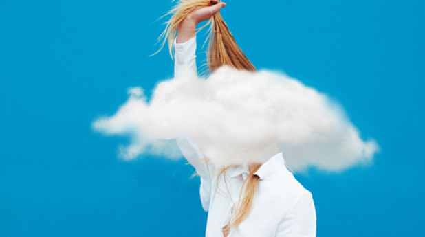 глава в облаците, облаци