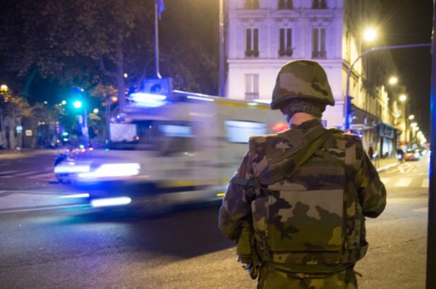 атентати в париж на 13 ноември