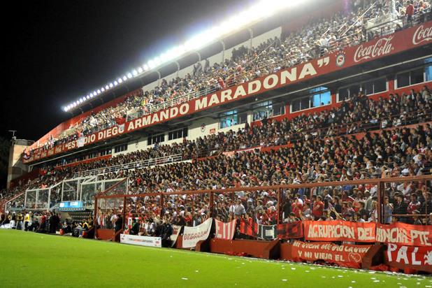 Естадио Диего Армандо Марадона