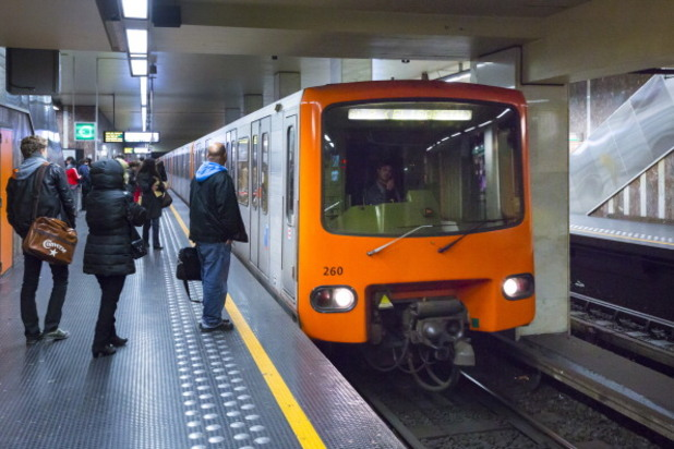 брюксел, метро