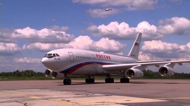Ilyushin IL-96-300, Русия