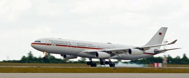 Airbus A340-313, Германия