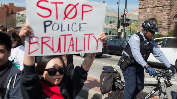 Протест в Чикаго заради расистко убийство
