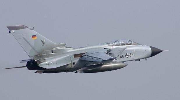 """германски разузнавателен самолет """"торнадо"""""""