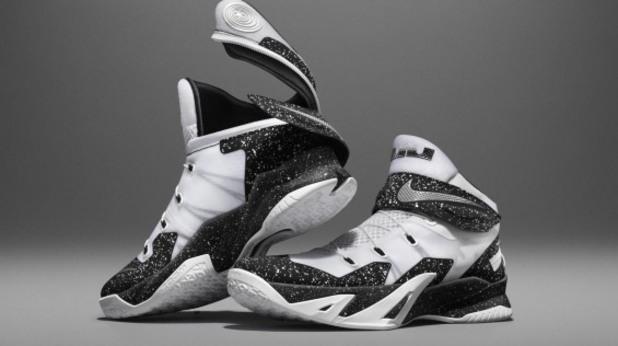 Nike Flyease 8
