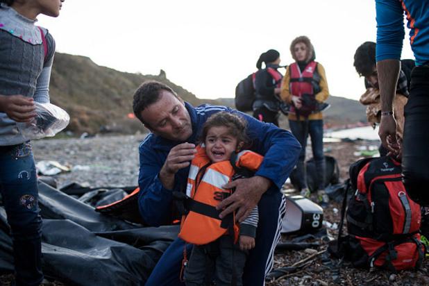 вода,гръцки брегове,гърция,лодка,мигранти