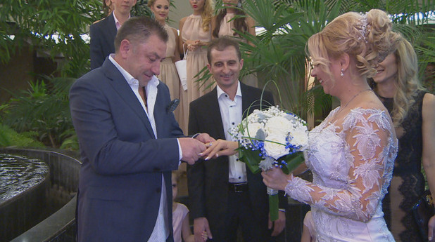 Божидар Искренов, сватба