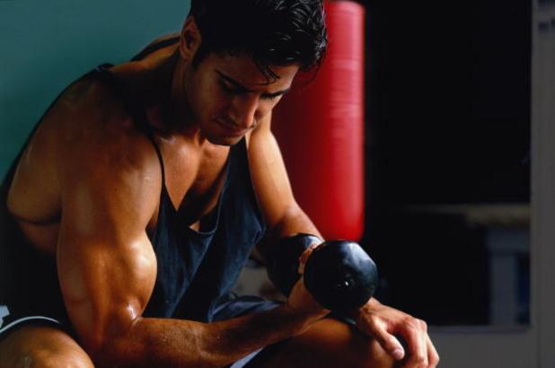Мъж с мускули