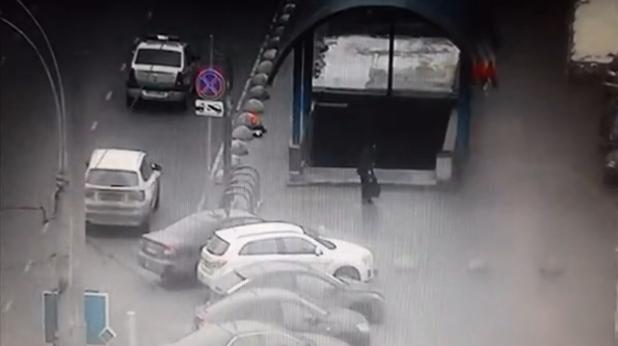 """запис от ареста при станция """"октябрское поле"""""""