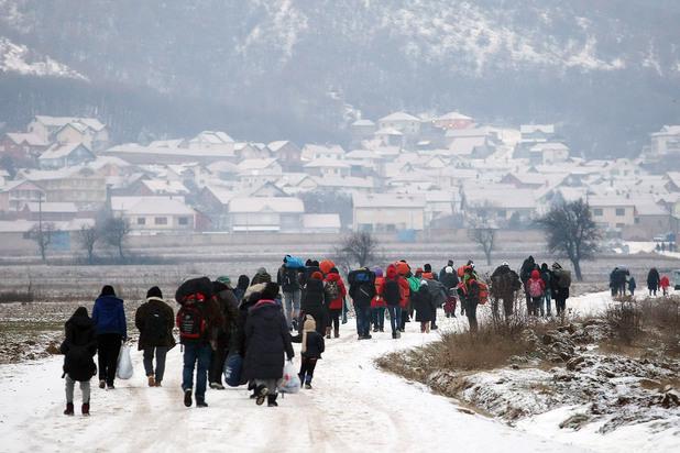 мигранти, сърбия