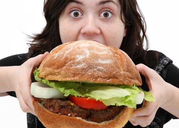 жена, сандвич