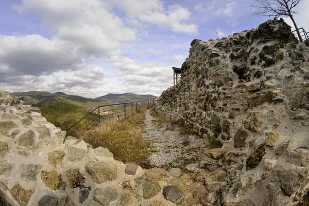 1 момчилова крепост