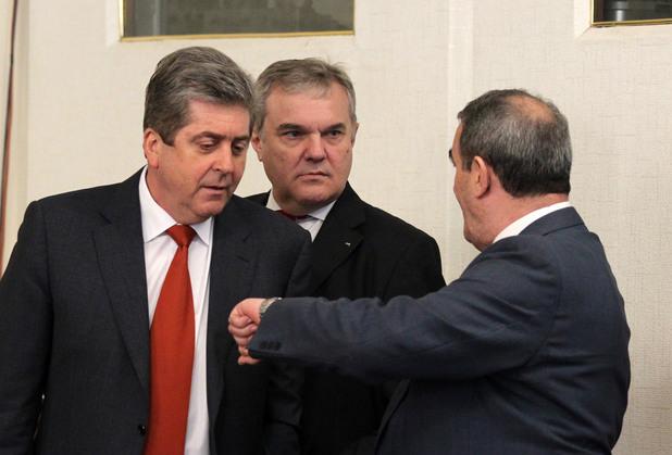 георги първанов и румен петков в народното събрание