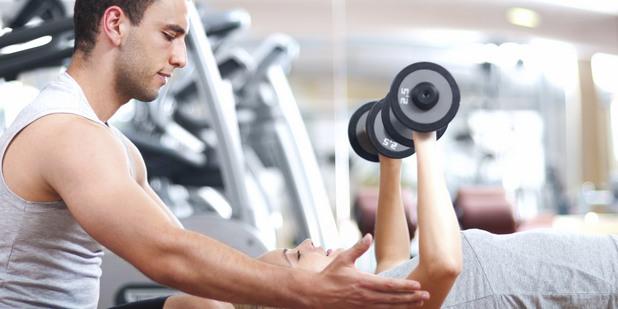 фитнес инструктор