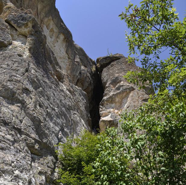 Пещера Утробата 5