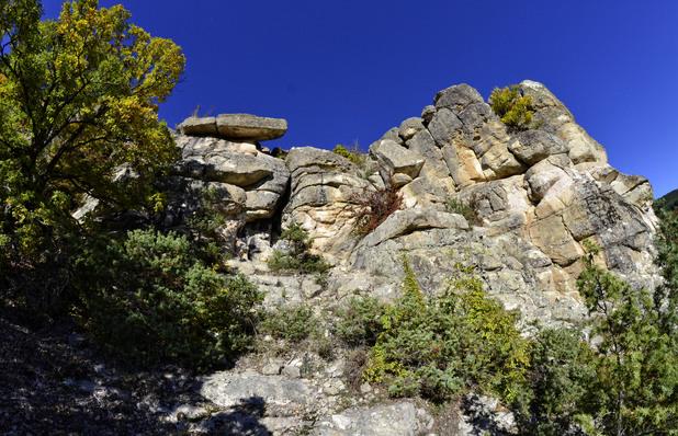 Пещера Утробата 10