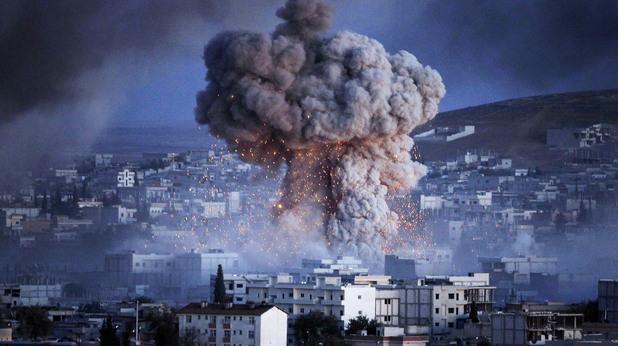 Сирийски кюрди се борят с ИДИЛ за град Кобани