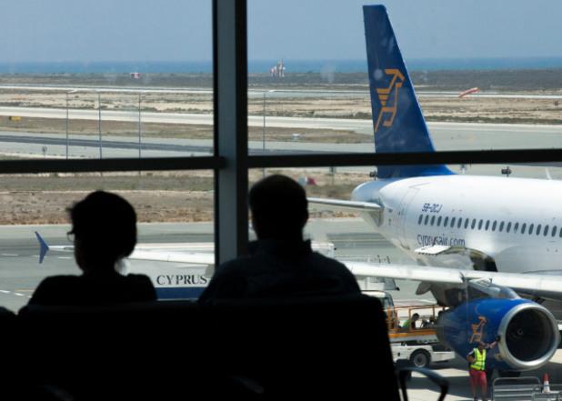 летище ларнака