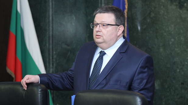 Главният прокурор Сотир Цацаров дава брифинг