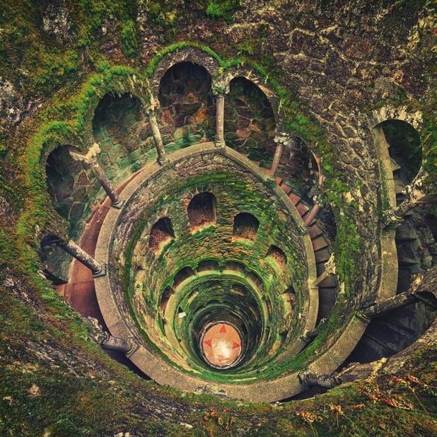водонапорна кула в Синтра, Португалия