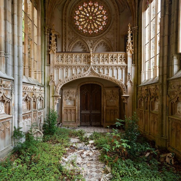 Изоставена църква, Франция