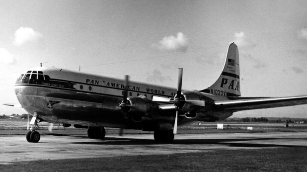 Boeing 337 на авиокомпанията Pan Am