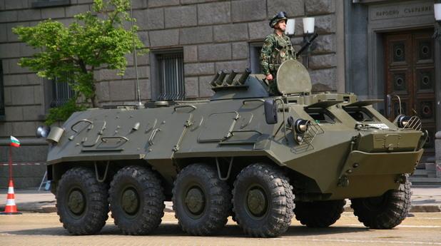 военен парад,парад за 6 май