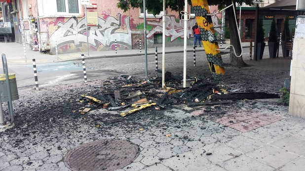 изгорялата вишка на бул. Патриарх Евтимий