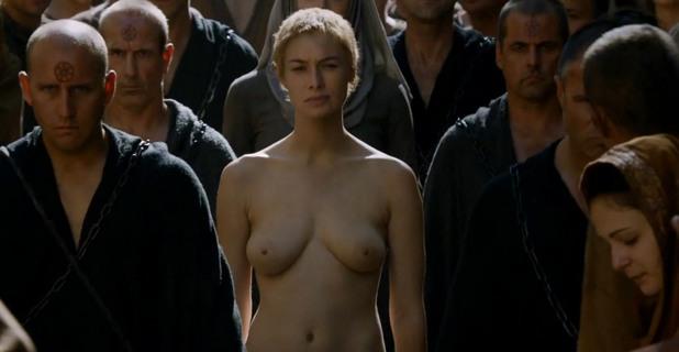фалшиви голи сцени