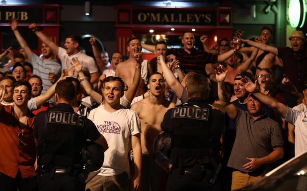 англия, фенове, евро 2016, полиция, сблъсъци