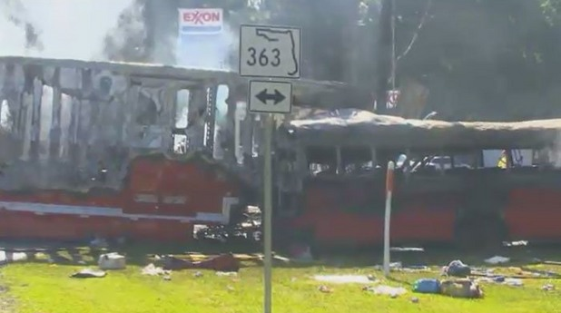Катастрофа автобус трактор