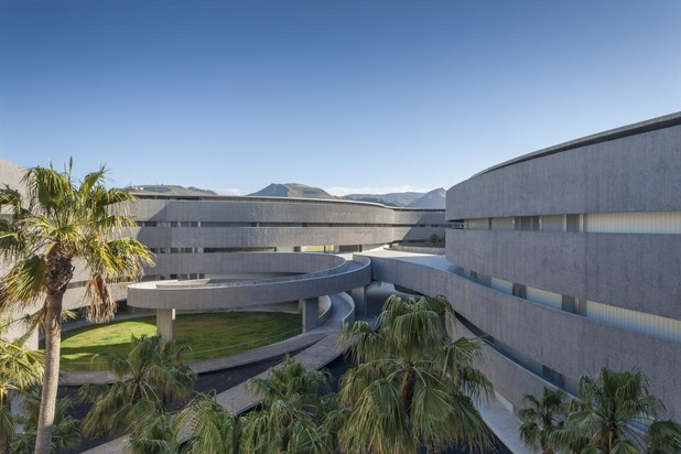 faculty_of_fince_arts_university_of_la_laguna_by_gpy_arquitectos