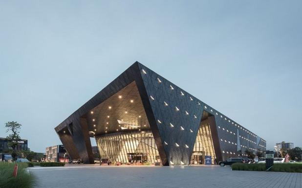 qianhai_international_convention_center_by_shenzhen_huahui_design