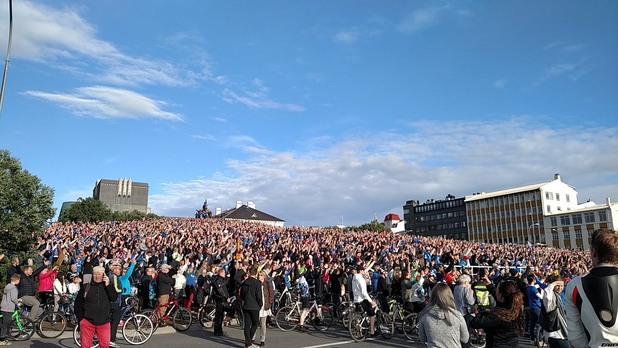 исландия, евро 2016, прибиране