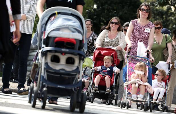 Майки с бебешки колички